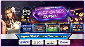 Playing Hi-Lo Stud Poker - Online Gaming