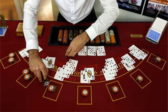 Gambling Attributes and Live Supplier Casino video games